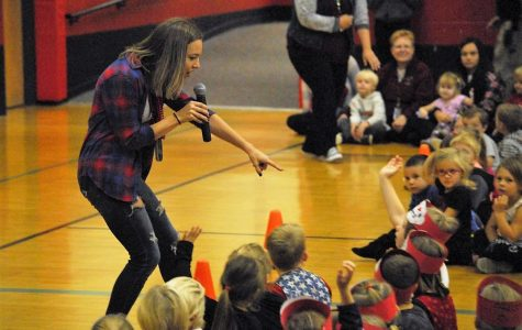 Elementary homecoming pepfest