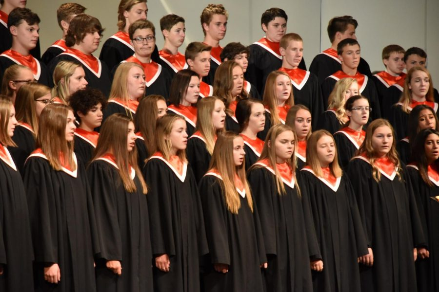 CFHS choir students are currently preparing for their upcoming choir concert.
